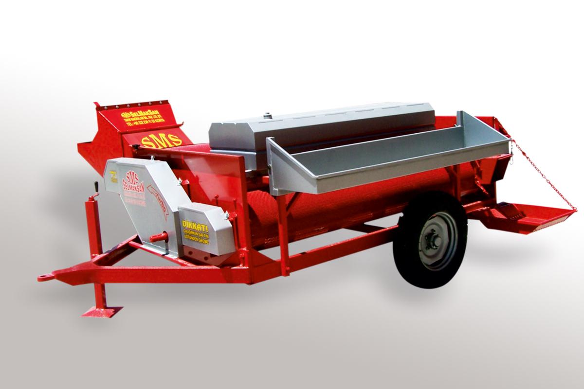 K.B. 2400 Erntemaschine für Kürbis- und Melonenkernernte1